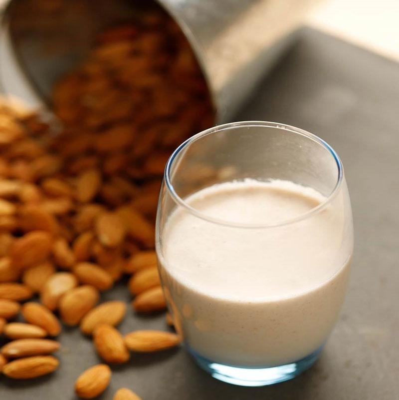 làm sữa hạt hạnh nhân bằng máy thermomix