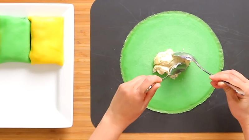 hướng dẫn làm bánh crepe sầu riêng lá dứa