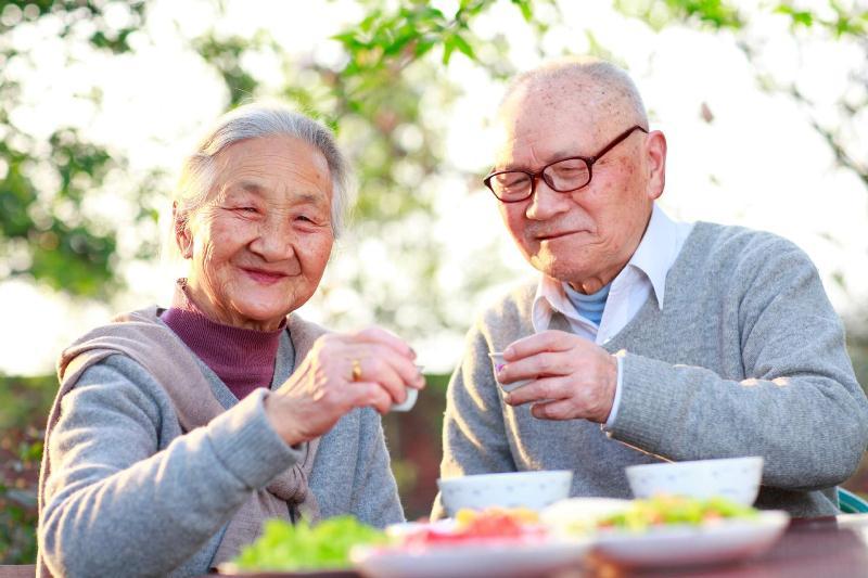 chế độ ăn uống lành mạnh giúp tăng tuổi thọ