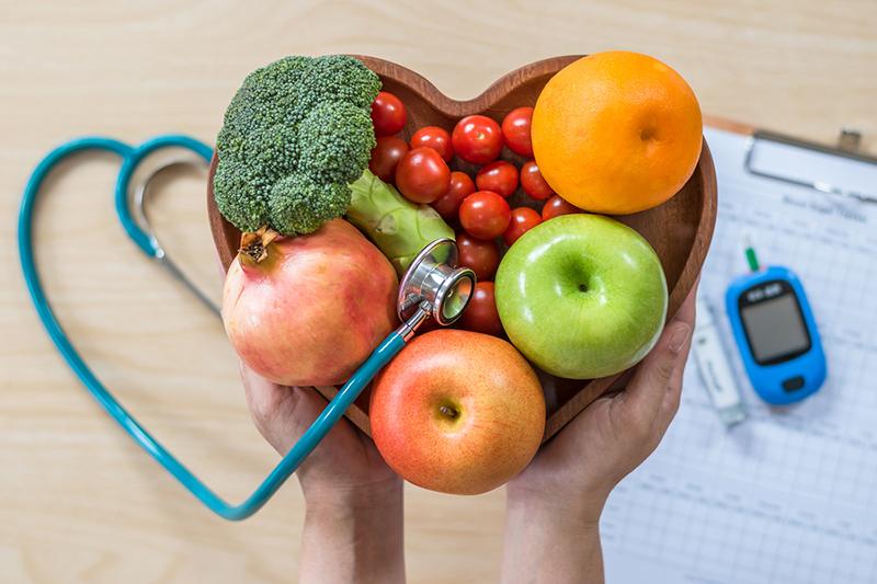 Chế độ ăn uống lành mạnh tác động đến sức khỏe tim mạch
