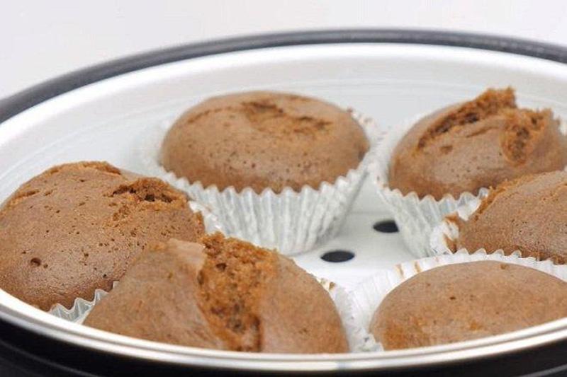 cách làm bánh cupcake socola bằng nồi cơm điện