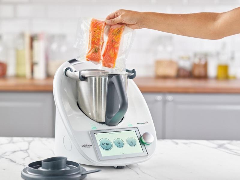 Thermomix làm cá hồi bằng phương pháp nấu chậm